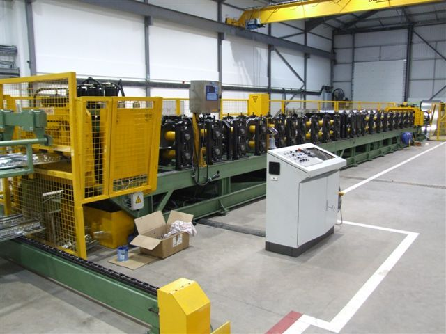 CF60 Line, Stacker, Conveyor - Wales